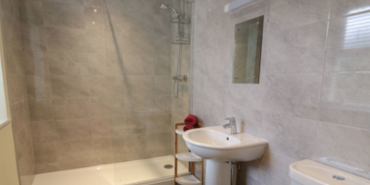 Gwlgri farmhouse shower room, Church Bay